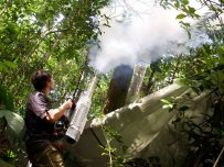 Insecticide fogging by Juergen Schmidl DSCN4633 (c) Maurice Leponce
